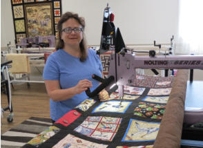 Rent longarm time Delightful Quilting & Sewing Avon NY