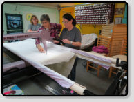joyce blowers teaching longarm class at alaska shop